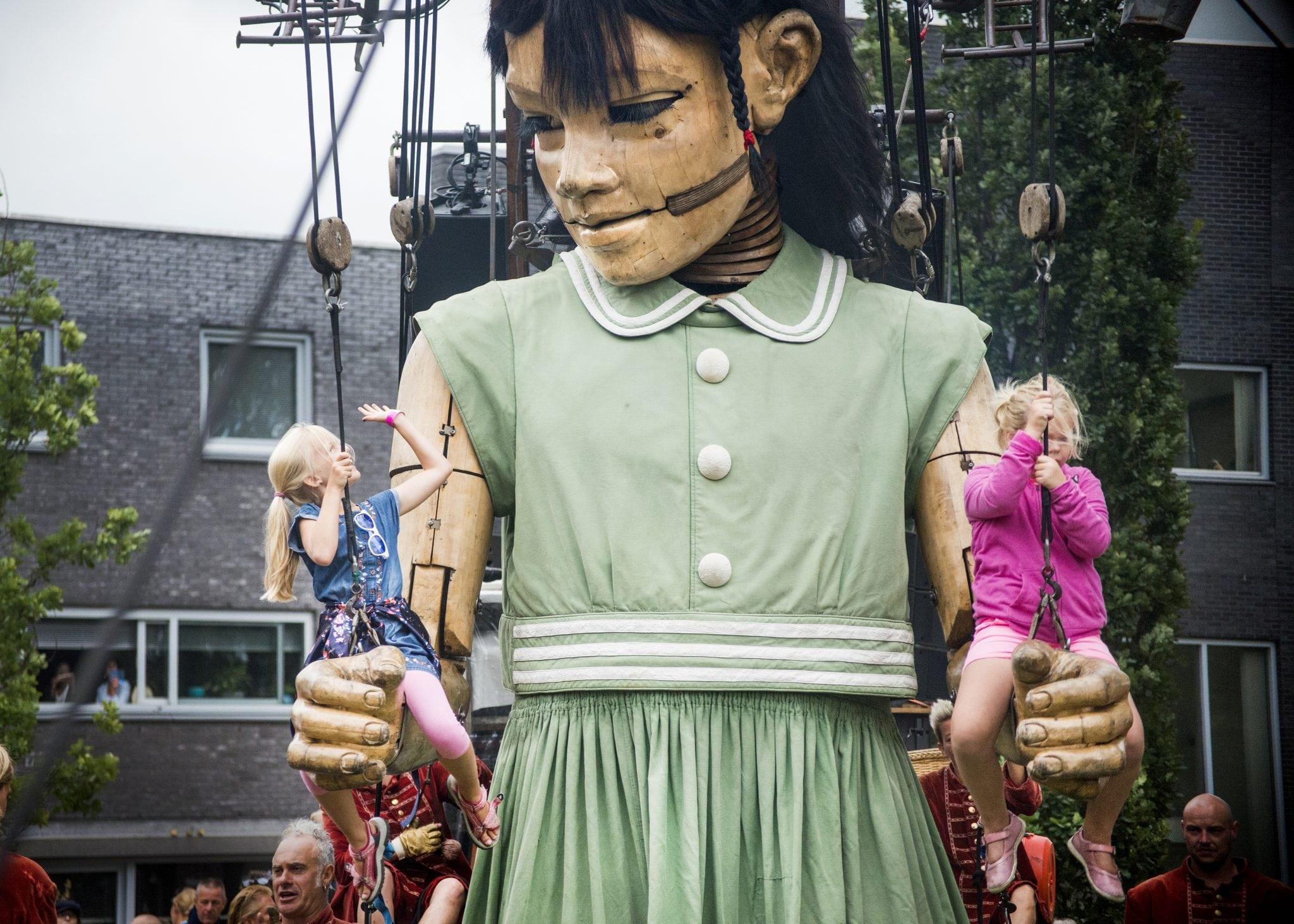 Little_Giant_Girl